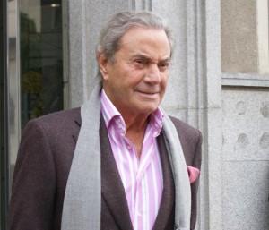 Arturo Fernández operado de hernia discal